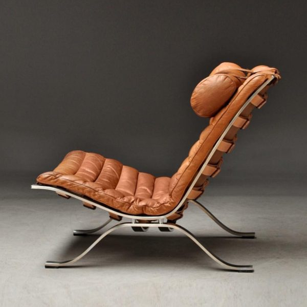 Vintage Ari from Norell Furniture, Sweden. Design Arne Norell. (Photo by Pamono.com)