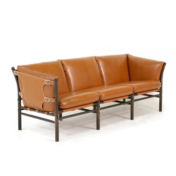 Ilona in leather from Sørensen. Design Arne Norell for Norell Furniture.