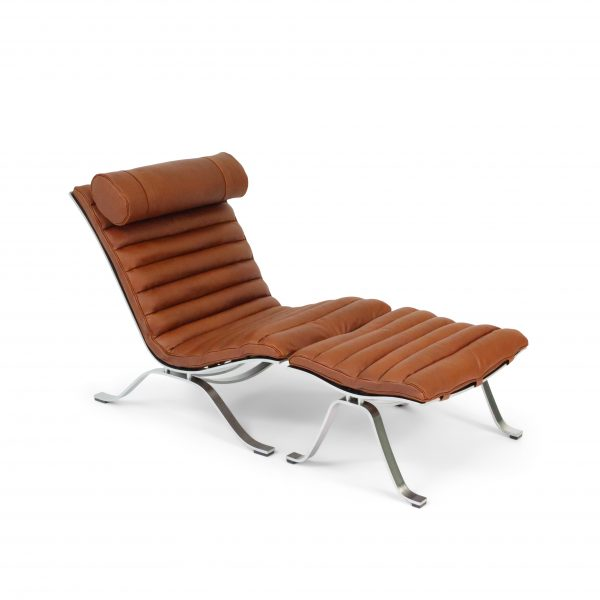 Ari chair made by Norell Furniture in cognac leather Elmotique 43807. Designed by Arne Norell in 1966.