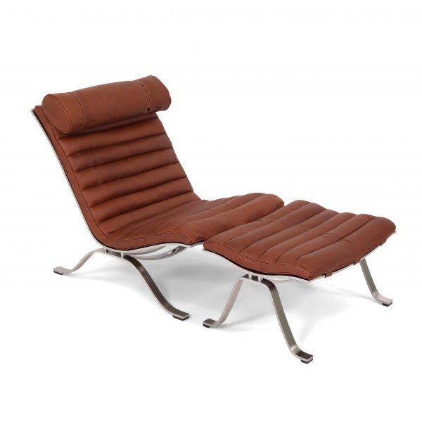 The original Ari chair handmade in Sweden by Norell Furniture. Leather: 'medium brown' from Tärnsjö Garveri. Design: Arne Norell 1966.