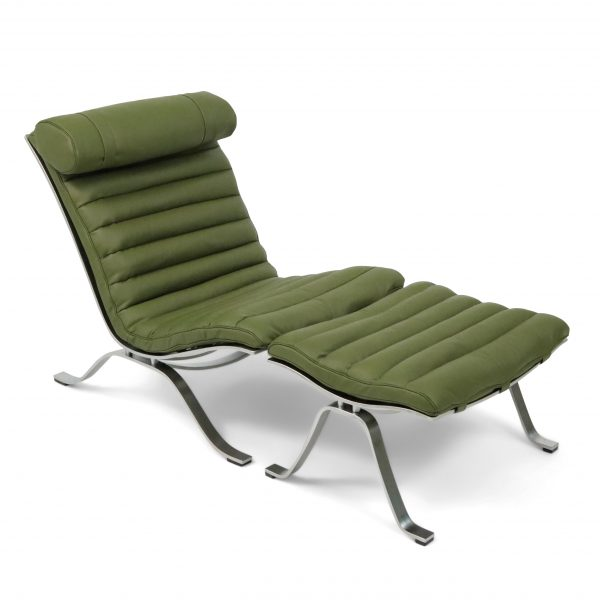 Ari chair handmade by Norell Furniture in olive green leather from Tärnsjö Garveri. Design: Arne Norell 1966.