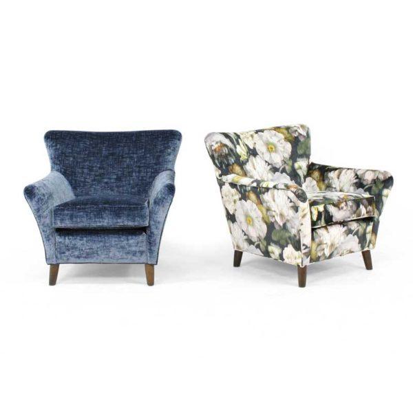 Alexandra blå och blommig fåtölj design Marie Norell