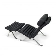 Ari chair in black leather design Arne Norell